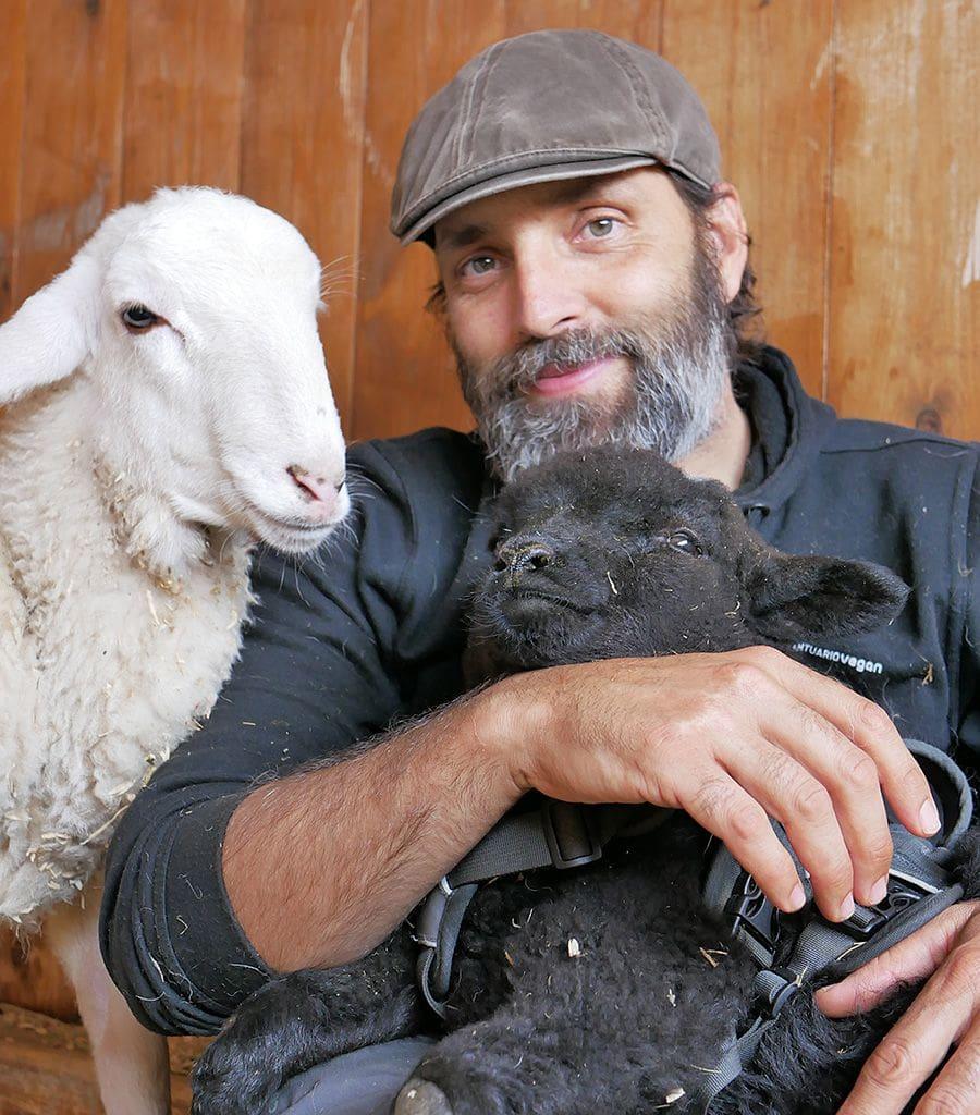 El Fundador de Santuario Vegan