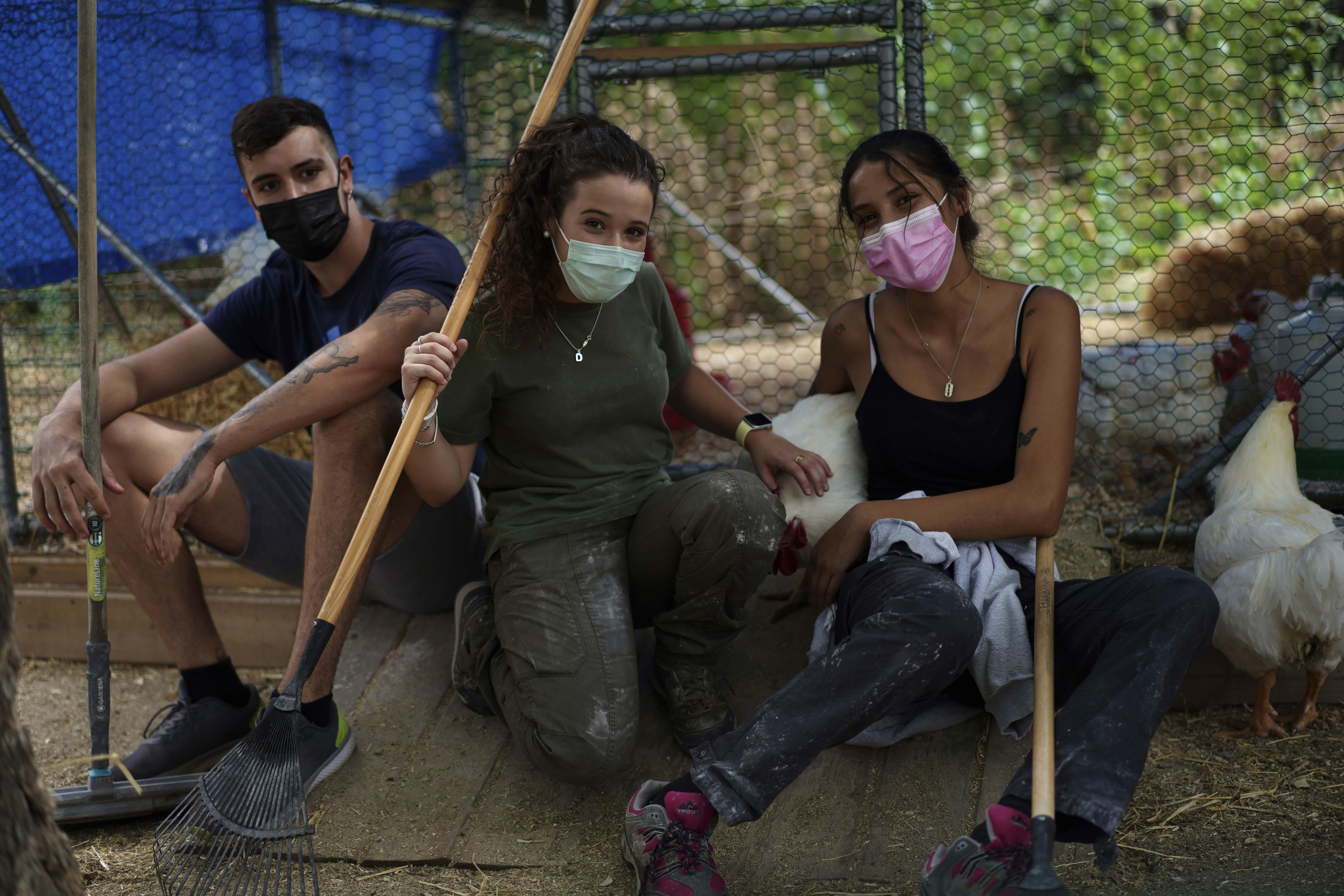 Voluntarias Fundación Santuario Vegan